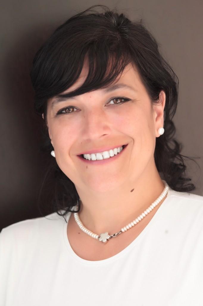 Carolina Hernández Coach